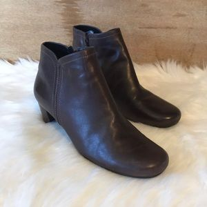Ecco Ankle Boots.